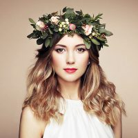 beautiful-blonde-woman-with-flower-wreath-on-her-PK5CC55